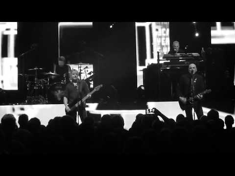 IFLAW/London Lady/Tank-The Stranglers@Portsmouth Guildhall 2018