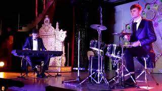 Пианист-шоу