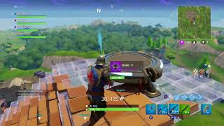 Fortnite: Can you open a supply drop before it hits the ground?