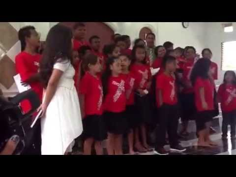 Guam Youth group sings at Ohwa