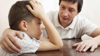 видео Что нужно делать, если ребенок начал заикаться?