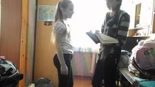 Русскую девушку учат сосать идея