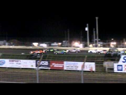 Lee County Speedway Hobby Stock Car A Main pt 1 10/25 /014