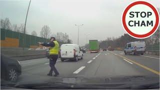 Instant karma  czyli wykroczenie i szybkie spotkanie z Policją - [Prezent pod choinke od Stop Cham]
