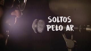 Baixar Soltos Pelo Ar [Lyric Video] - Biquini Cavadão