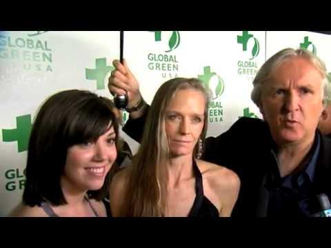 Jillian Granz, Suzy Amis Cameron and James Cameron talk sustainability on the green carpet