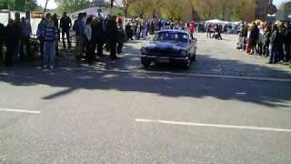 Huge 1966 Ford Mustang Fastback acceleration and loud sound + burnout ! Street Mag Show 2010