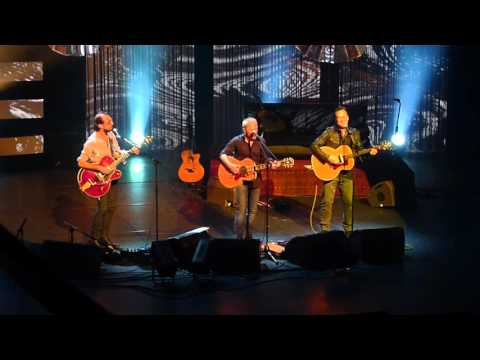 Les Innocents et Peter Kingsbery Its over Roy Orbison  @ Folies Bergère Paris 2016