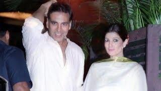 Akshay kumar with wife twinkle khanna at kk house party