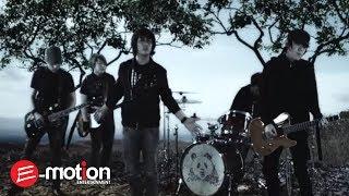 [3.34 MB] Cosmic - Hari Kemenangan (Official Video)