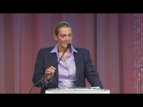 United Therapeutics Martine Rothblatt recognized as the MCCC Visionary of the Year 2017