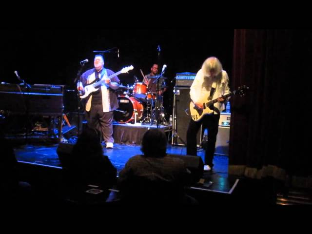 IT JUST SEEMED THAT WAY (c Jim George) @ Sellersville Theater 10/16/14