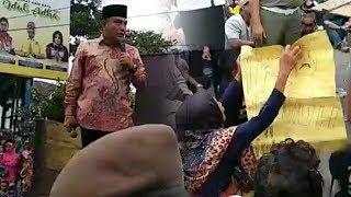 Download Video Edy Rahmayadi Jumpai Pengunjuk Rasa, Dua Demonstran Diusir Karena Berceletuk MP3 3GP MP4