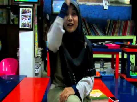 Lagu Laskar Pelangi dengan Isyarat Bahasa