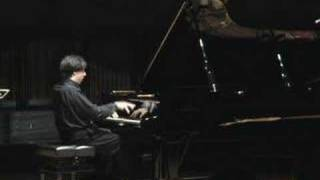 Massimiliano Ferrati plays Mozart