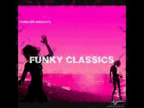 Funky house 2 track mix youtube for Funky house tracks