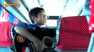 Download Video Pengamen Cilik lagu sedih banget MP3 3GP MP4
