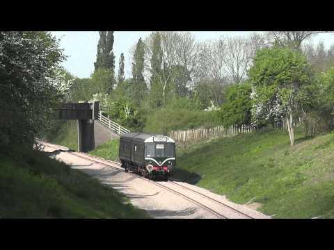 Gloucestershire Warwickshire Railway - Laverton DMU - 25/04/11