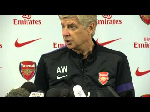 Arsene Wenger reaction to Van Persie move to Man Utd