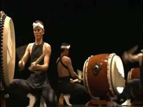 Kodo Performing Miyake 「鼓童の木遣り~三宅」