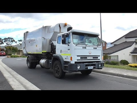 29m Acco doing recycling for Hobart City Council (TS33)