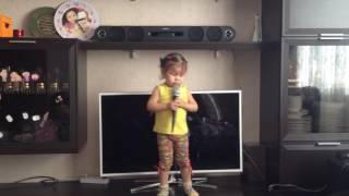 первые уроки вокала Айбике 3 года
