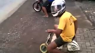 NeedFullSpeed Funny Drag Race Mini MotorCycle Thumbnail