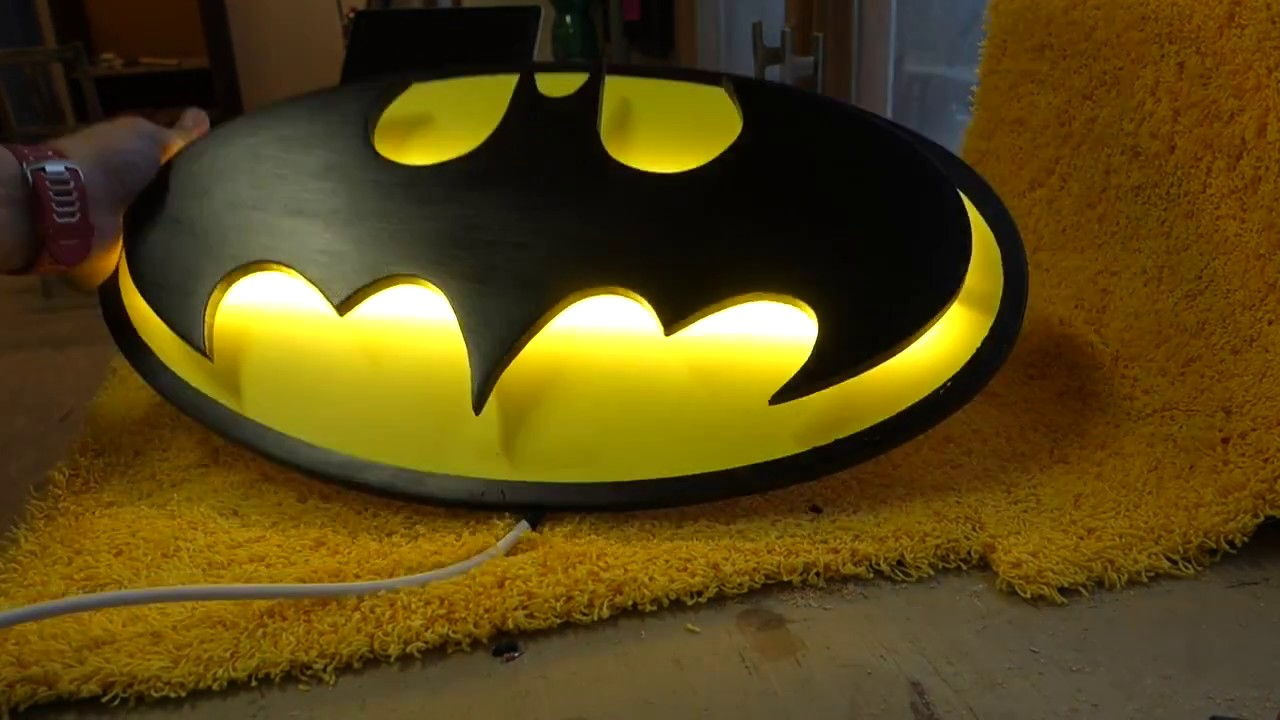 Make batman wall lamp youtube batman wall lamp mozeypictures Images