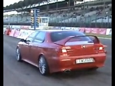 alfa romeo 3 0 v6 vs alfa romeo 156 2 5 v6 drag race. Black Bedroom Furniture Sets. Home Design Ideas