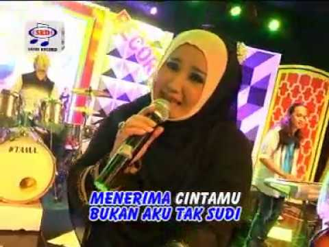 Evie Tamala - Tak Berdaya ( Official Music Video )