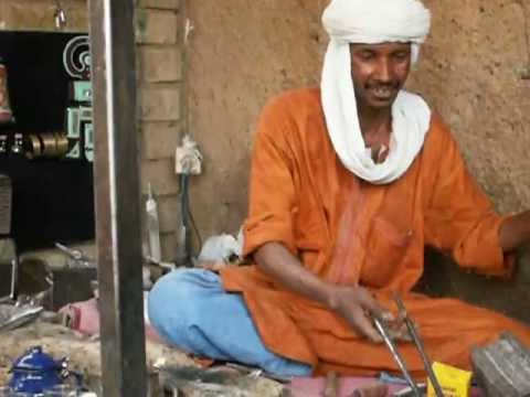 Traditional Tuareg Tea with the Silversmith' s in Tamanrasset