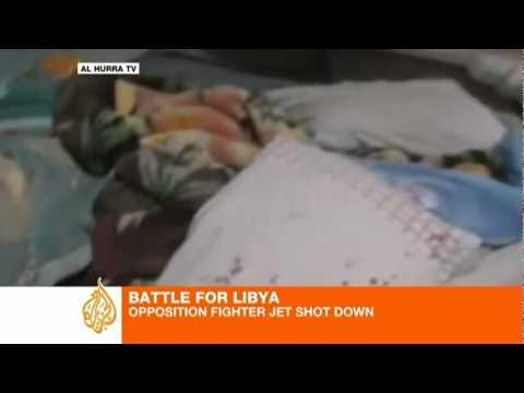 guerra en libya jet derribado captado en video