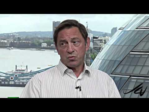 "Guy Standing  ""economist"" on The Keiser Report - lesson for Canadian finance minister - YouTube"