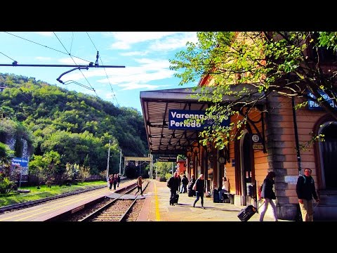 Lake Como, Italy Pt.3: Varenna Esino train station, with info to the pier