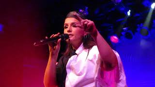 "Jessie Ware - ""Kind Of...Sometimes...Maybe"" (Live in Boston)"