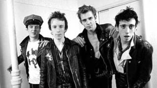 The Clash - Guns Of Brixton
