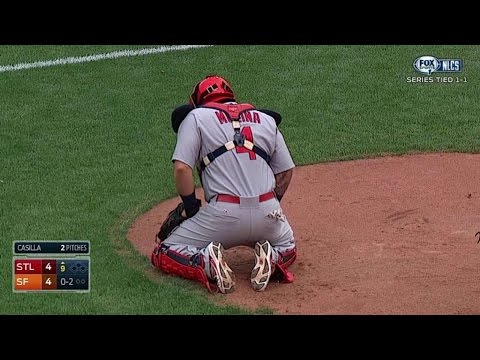 NLCS Gm3: With His Catcher's Gear, Yadi Gets Loose