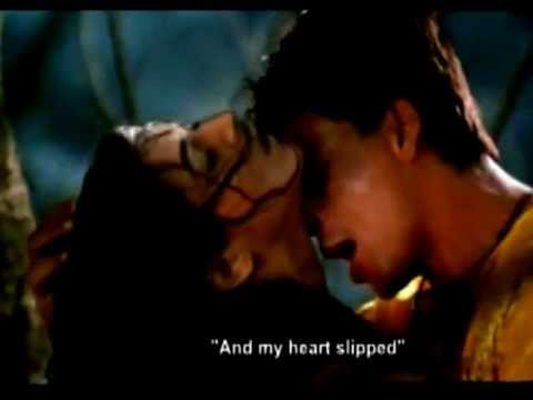 Sushmita Sen and Shahrukh Khan - Born to make you happy ( Main hoon na )