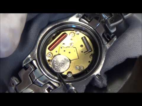 e059c572868 How to change the battery on a TAG Heuer Link Watch - YouTube
