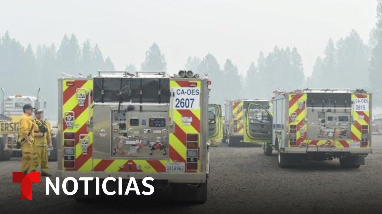 Download Miles de bomberos luchan contra incendios en la Costa Oeste | Noticias Telemundo