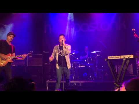 Hoobastank  Same Direction Manchester Academy 2  16th May 2015