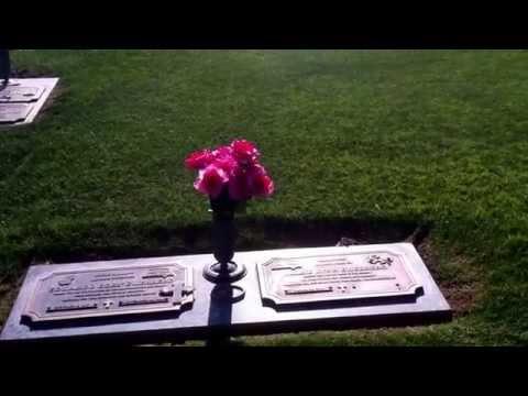 The Grave of Eddie Guerrero - Scottsdale, AZ - 5/12/14