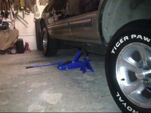1999 chevy blazer Fuel Gauge Problem - YouTube