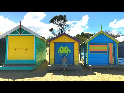 Australia- Vlog 14 [Melbourne 3: Museums, Brighton Beach & Exhibiting my buttom]