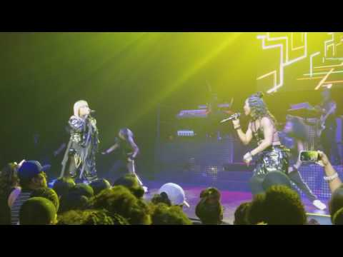 TLC - Way Back (Concert Performance)