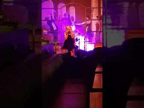 Хорошо поёт, ресторан Эмберс,#Неглинная 10