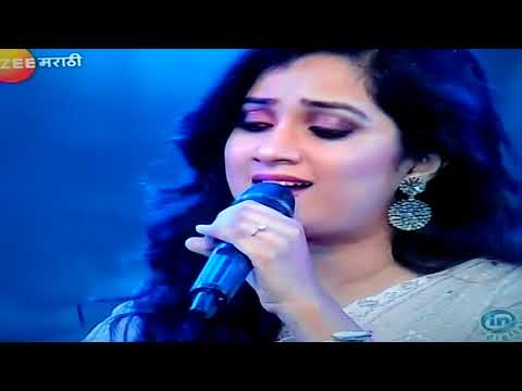 "Melody Queen Shreya Ghoshal performance on sawrtarng show ""Jeev rangla"""