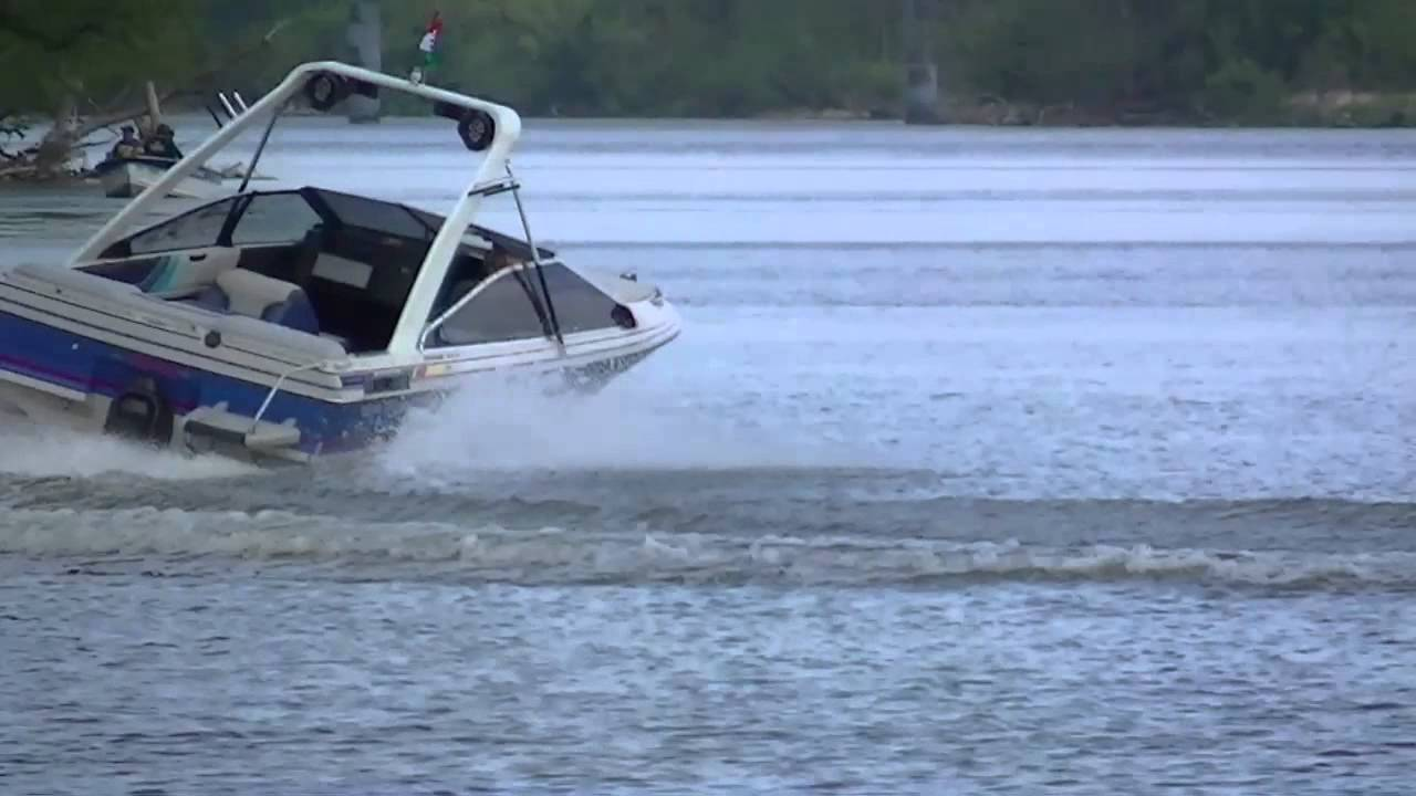 88 bayliner capri 2,3l wakeboard tower youtube.