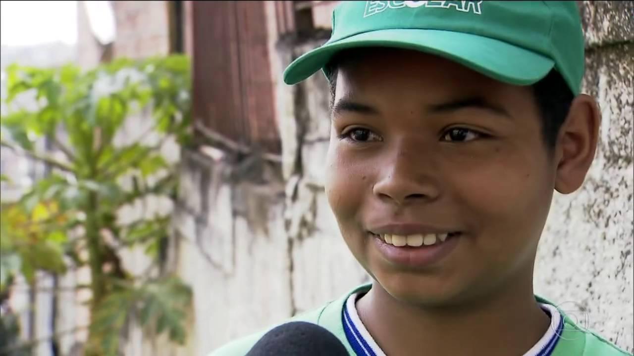 SPTV 1ª Edição: Estudantes preparam merenda com alimentos de horta cultivada em escola de Carapicuí