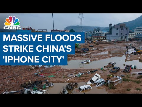 Massive floods strike China's 'iPhone City' after heaviest rains in 1,000 years